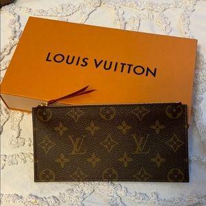 NEW Louis Vuitton Pouch Wallet